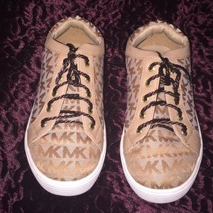 Other - Michael Kors Tan Rosita tennis shoes, excellence